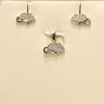 925 Sterling Silver Unique Pendant Set by Pratima Jewellers