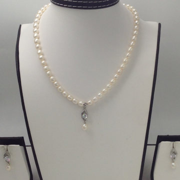White CZ And PearlsPendentSet With OvalPearls Mala JPS0171