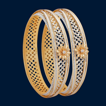 22KT/ 916 Gold plain CNC cutting flower bangle for... by