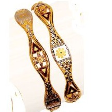 22K / 916 Yellow Gold Designer Flower Vakiya Kadli