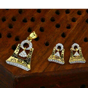 Dazzeld Temple pendent set 22kt