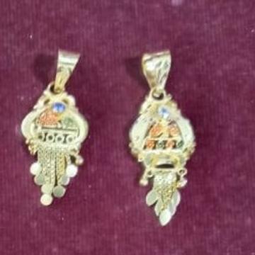 916 Gold Earchain  by Samanta Alok Nepal