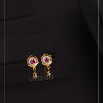 22k/916 GOLD EARRING