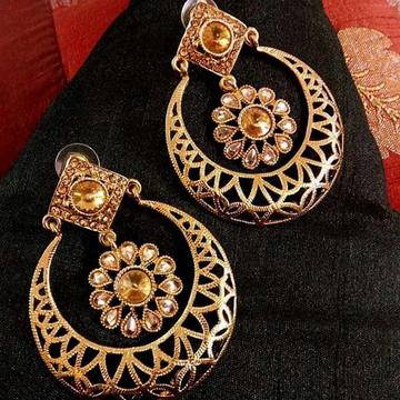 22 kt 916 gold earring latest designe by