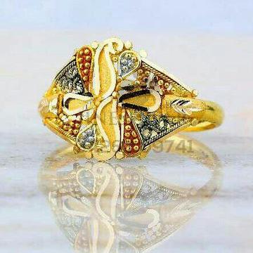 Designer Plain Gold Ladies Ring LRG -0824