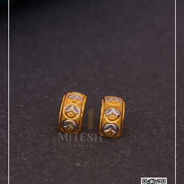 22k/916 PLAIN GOLD EARRING