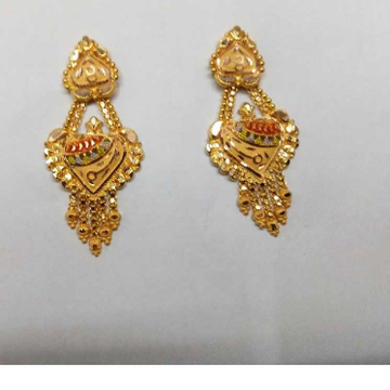18kt Gold Attractive Earring by Samanta Alok Nepal