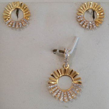 916 gold Stylish Pendant Set  by