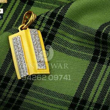 22kt Precious Fancy Cz Gold Pendant