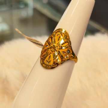 916 Gold Hallmark Traditional Ring by Panna Jewellers