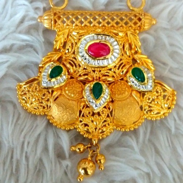gold M.S.pandal green and red stone by