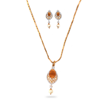 916 Gold Delicate Pendant Set by