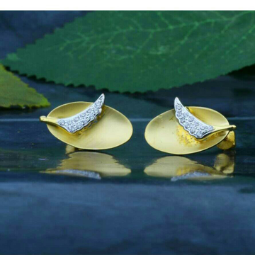 Cz fancy Leaf Shape tops 18kt