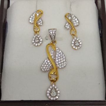 916 Gold CZ Fancy Pendant Set MJ-P001