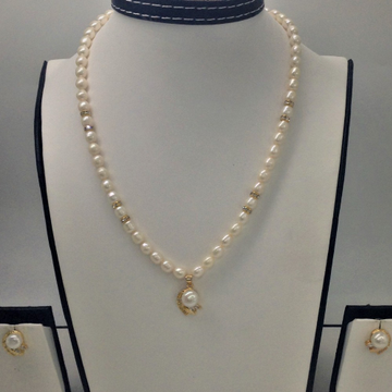 White cz andpearls pendentset with ovalpearls mala jps0150