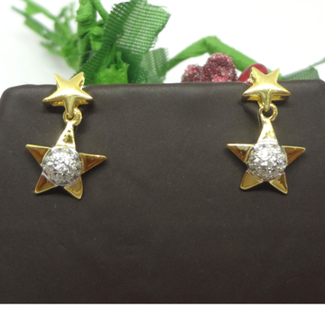 916 GOLD CZ STAR EARRINGS