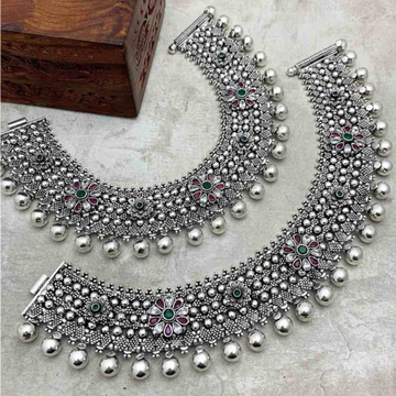 antique 925 silver cut stone studded Payal by Veer Jewels
