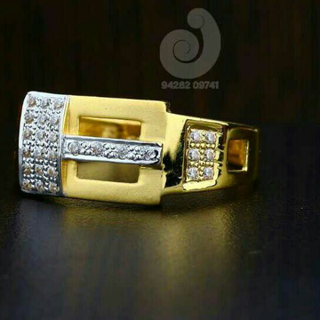 22ct Fancy Cz Gold Gents Ring