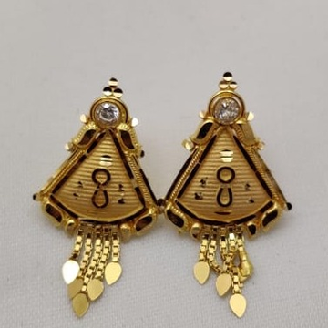 22KT Gold Classic Tops Earring LMJ-320 by Lalit Manohar Jewellers