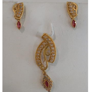 916 Gold Light Weight Pendant Set  by
