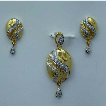 916 Gold CZ pendant set for Women by Shree Sumangal Jewellers