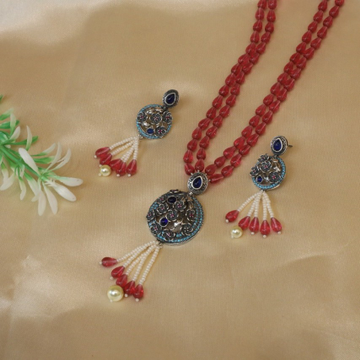 92.5 Sterling Silver Antique kundan Pendent set with Red Beat Mala for Women