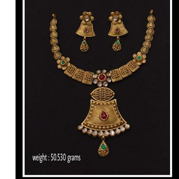 Trendy Necklace With Earings