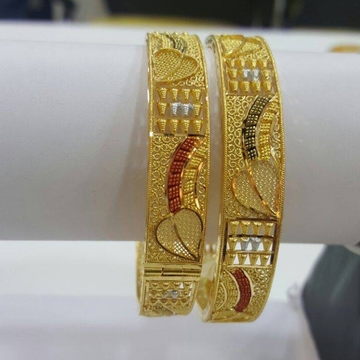 22Kt Gold Designer Bangle Kada RH-B002