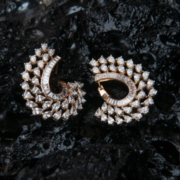 Designer rose gold diamond earring