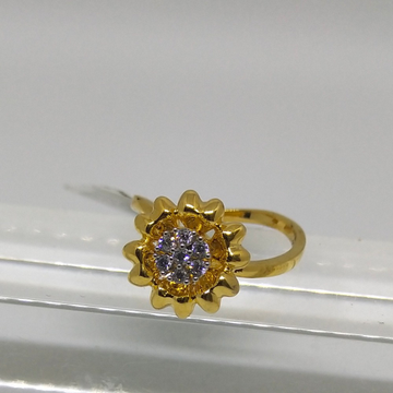 22K simple flower shape diamond ring