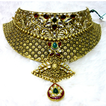 Jadtar antique chokar necklace set