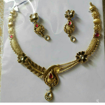 22KT/916 Yellow Antique Gold Ladies Jadtar Necklace Set