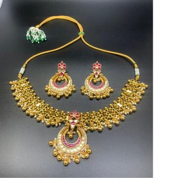 Kundan necklace by