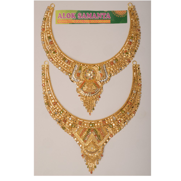 916 Traditional Gold Necklace by Samanta Alok Nepal