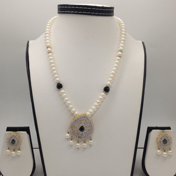 White, Black CZ And Pearls Pendent Set With 1 Line Flat Pearls Mala JPS0295