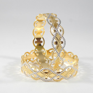 22KT yellow Gold Bangles With Zik Zak Degine For Women