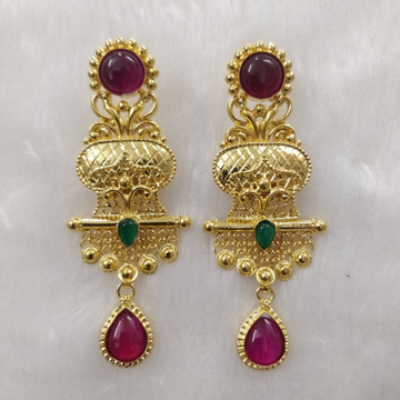 916 gold fancy earrings