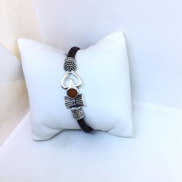Designing fancy om bracelet by