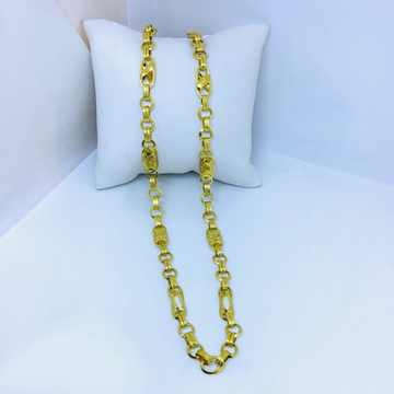 Designing fancy gold chain by