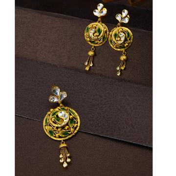 22KT Gold Leaves Round Shape Design Pendant Set