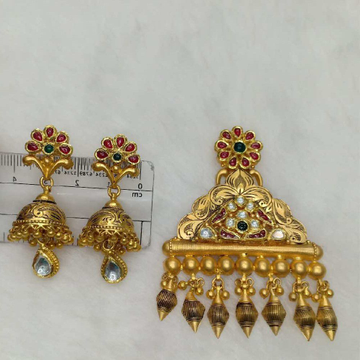 22KT Gold Antique Pendant Set Aps-007