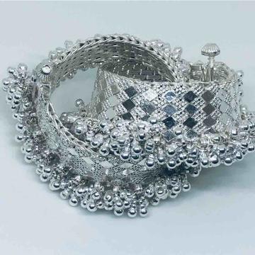 exclusive ghughri four layer ladiespayal by Prakash Jewellers