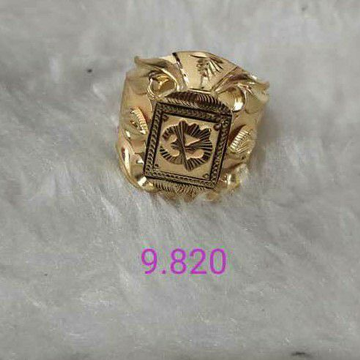 22k Gold Jents ring by