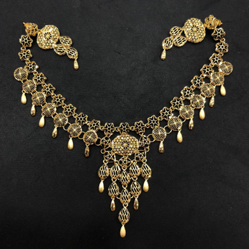916 Gold Stylish Necklace Set by