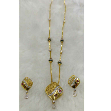 Chain Pandals Butti Set by