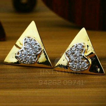 18kt Cz Gold Triangle Shape Ladies Tops ATG -0667