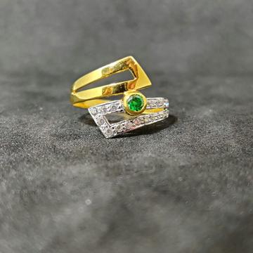 22k Ladies Fancy Gold Green Stone Ring-17025