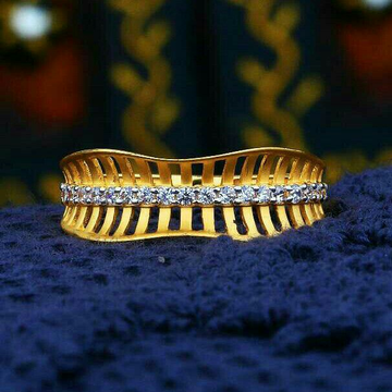 Exclusive Gold Cz Fancy Ladies Ring LRG -0104