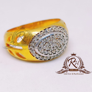 22 CARAT Gold Gents Diamond Fancy Ring RH-GR910
