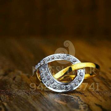 22kt Fancy Cz Ladies Ring LRG -0120